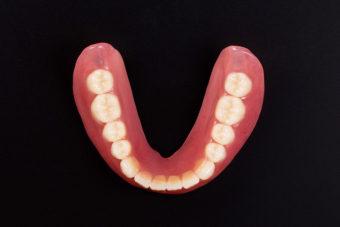 下顎総義歯